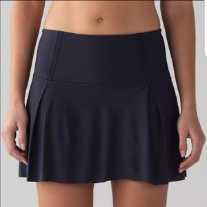 Lululemon NWT Lost in Pace Skirt Size 10